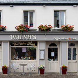Walshes Cafe, Bakery & Cake Shop